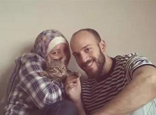 叙利亚难民夫妇带猫赴欧洲,几经波折终团聚