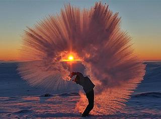 这张北极泼茶的照片疯传网络,背后的故事让人竖起大拇指!
