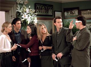 《老友记》:不是每部剧都能陪你过十次圣诞