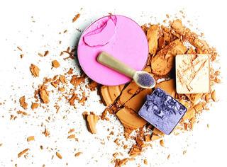 有大招| 把粉饼摔碎的冒失鬼看过来 帮你把化妆品复原!