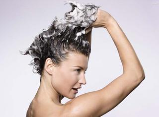 发型 | 头发拒绝扁塌,三个TIPS让蓬松感手到擒来
