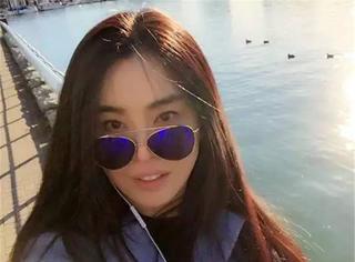 王祖贤最厉害的是,每次和美人合影她都能赢!