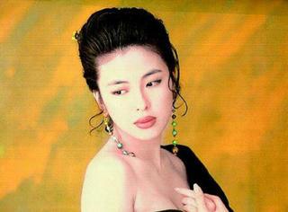 她是梅艳芳的干妹妹张学友的妻子 有一颗以她名字命名的小行星