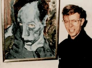 大卫·鲍伊生前爱画画?用双性恋的视角!细数那些会画画的摇滚主唱,窦唯最秀气、列侬最暖男!