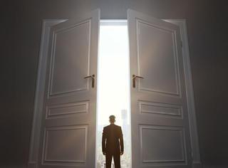 超准!10扇门背后的秘密,你会打开哪一扇?