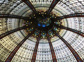 """完美穹顶:一名强迫症摄影师的""""垂直教堂"""""""