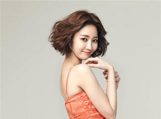 女人别老披着头发多俗呀,学会这样做头发让你美一个春节