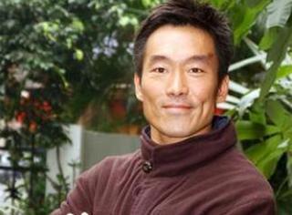 娶香港最牛打女,被劝拍三级片;深陷集邮男星丑闻,疑与五大女星有染…铜锣湾只有一个浩南,就是他!