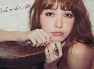 """厚嘴唇已经不流行了,现在日本流行""""可爱鸭唇妆""""!"""