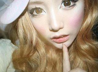 韩国一姑娘竟两年没卸妆!结果你们猜她的脸怎么了…