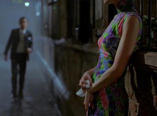 我们还沉浸在她换下的27套旗袍里,她却早已归零重启人生!