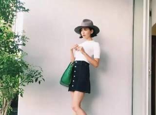 今春最该先买一件什么衣服?日本妹子都入了「排扣五分裙」!