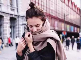 围巾千万别瞎戴,这3种颜色才是最百搭最流行的!