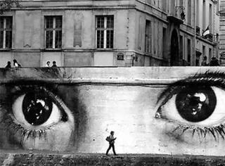 对比 | 如果街头上没有城管只有艺术