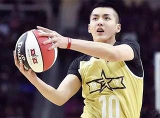 吴亦凡为NBA增肥20斤,这样的偶像值得我们疯狂!