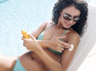 护肤美体 | 这5个会影响防晒霜防护效果的做法 你该避免