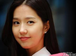 还记得韩流第一女团FIN.K.L吗?李孝利升级人妻后,36岁的她也嫁了