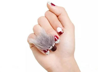 长毛的指甲成为美甲新潮流,对不起这种时尚我看不懂