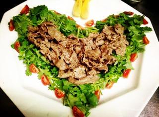 【美食圈】香菜这是要统治料理界的节奏!你是否感受到满屏的芳香?