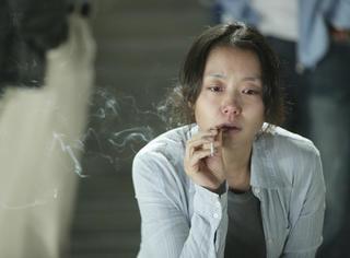 韩国想靠文艺片转型的男演员,都要从她这「睡」起