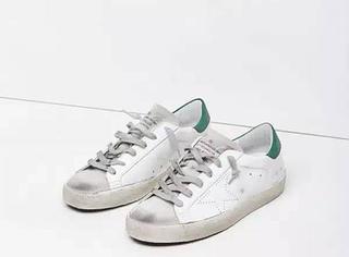 """天啦噜 钟基老公说,穿""""脏鞋""""其实更时尚"""