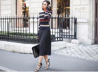 人手一件的百褶裙配什么鞋才好看?