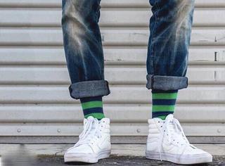 你们这些男生呐, 到底为什么不能好好买双袜子?