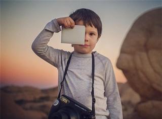 4岁签约《国家地理》,他在离地面一米高的地方记录世界