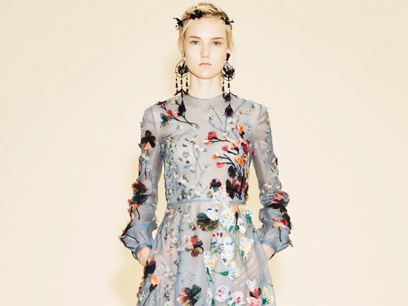 春风十里,不如穿着花朵长裙的你