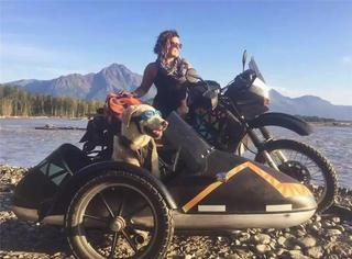 敢独自骑摩托带狗旅行6000公里的才是女汉子,你充其量是个萌妹纸!
