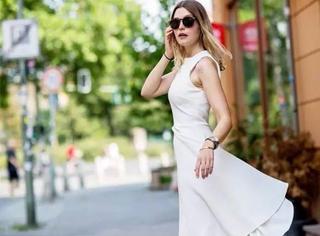 女人的衣柜里不止要必备小黑裙,也需要一条小白裙!