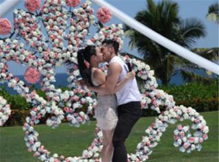有一种爱情,叫做宣传期;有一种利益捆绑,叫做张伦硕与钟丽缇