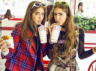 红爆时尚圈| 双胞胎姐妹花,连老佛爷也被抵抗不了!