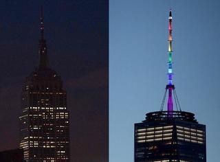 缅怀死者,帝国大厦一片漆黑,世贸大楼却亮起了属于LGBT者们的彩虹灯!