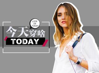 【今天穿啥】今天不知道穿啥的姑娘,来件白衬衫试试吧