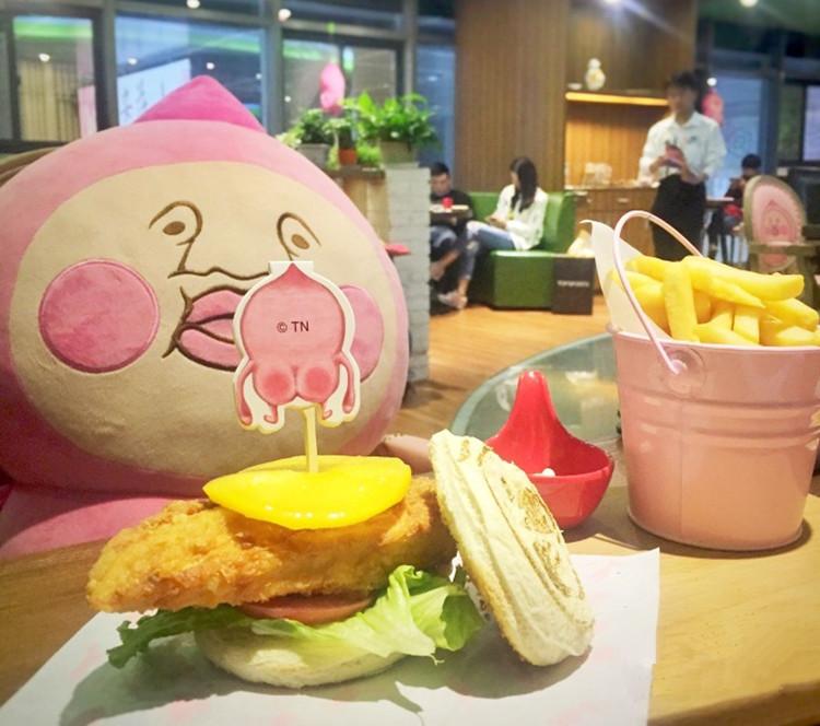 原来还有这种丑萌丑萌的餐厅,简直贱cry!!