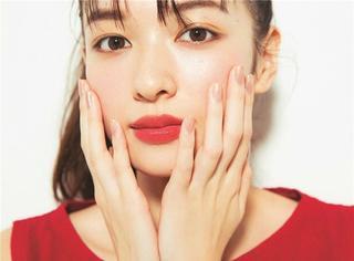 """化妆师Yooyo教你打造最标准""""瓜子脸"""",密恐者慎入!"""