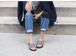 人家都穿拖鞋去高定秀了,那么时髦的单品你不来一双?