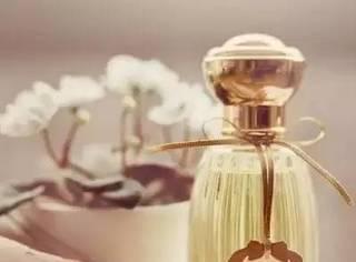 Get√  闻香识女人,香水攻心计!如何才能找到属于自己的香水,4个香水秘密能帮到你!