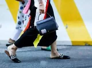 解放你的双脚│今夏一双时髦拖鞋出街,懒人也有春天!