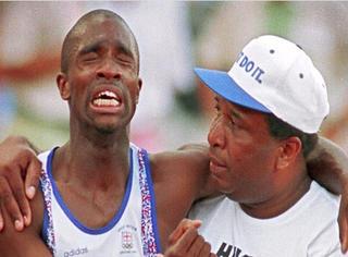 奥运10大震撼瞬间,看到哪张你落泪了?