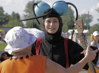 被叮43次拿下俄罗斯蚊子节金牌,世界上居然还有这些不靠谱的比赛