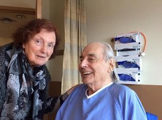结婚62年却被迫分离?这对夫妻的故事上了各大外网的头条