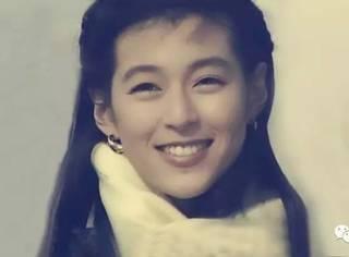 赤名莉香50岁了,她25岁时的恋爱真理改变了一代人,自己却用了25年才明白爱情