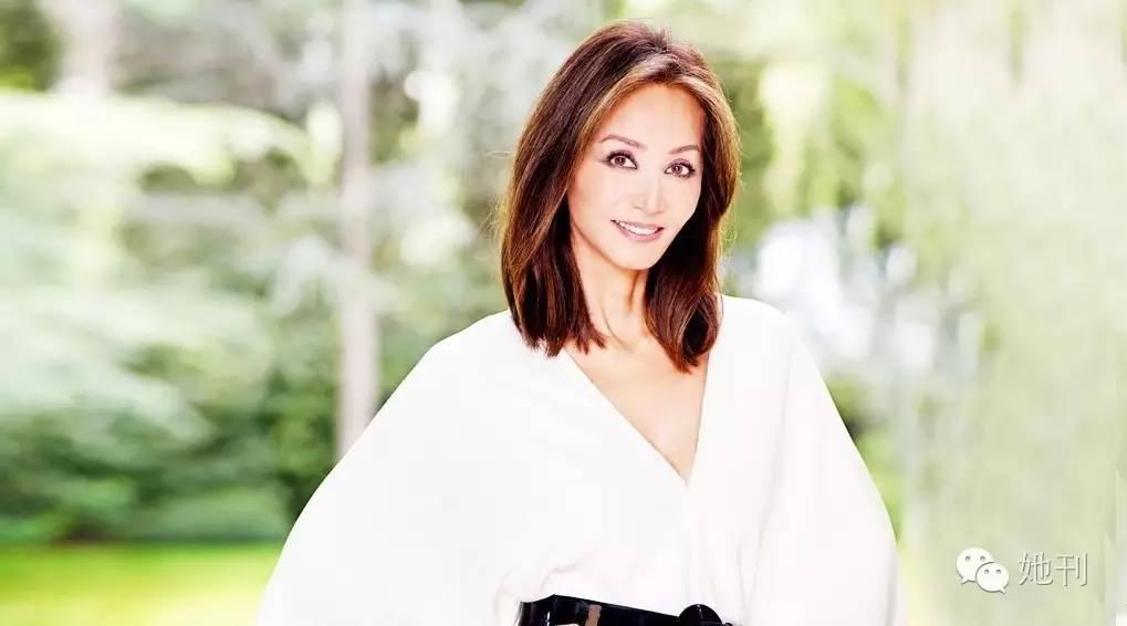 西班牙最优雅女人,结过3次婚生过5个儿女,65岁又要嫁给诺贝尔大文豪!