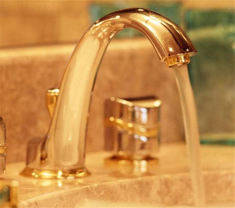 王楠老公为纪念918将入住的日本酒店所有水龙头打开挨个放水,伴娘福原爱要哭了?