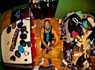6年跑遍55国,他拍下了世界各地的房间照!