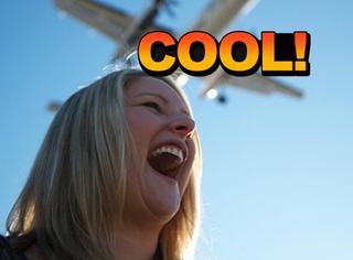 英国女教师有着最嘹亮的嗓门,尖叫堪比飞机噪音