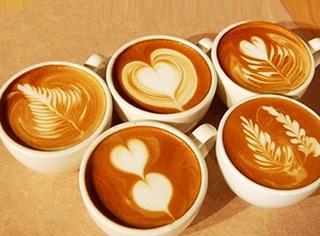 【趣味GIF】咖啡师的自尊!看看这些美醉的拉花是如何制作出来的?