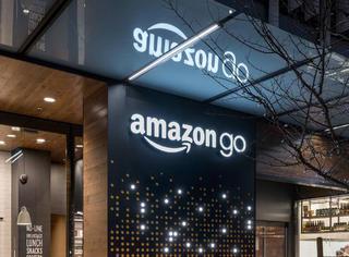 亚马逊新开了一家可以抓起东西就走,不用排队付钱的超市